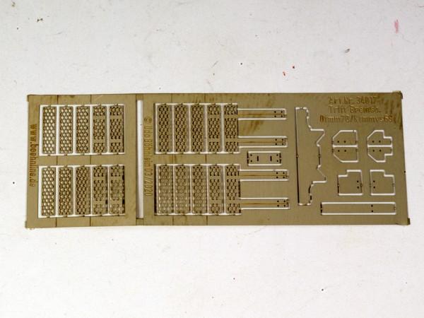 Otmm70/Ktmms 69: Aufstiegstritte zu Bremserbühne, UIC-Bauart