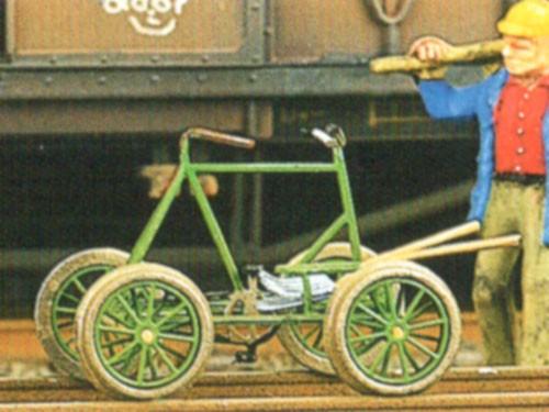Fahrrad-Draisine, Fahrrad mittig