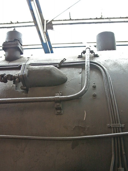 Schalldämpfer und Anstellventil für Gegendampfbremse Lok 18 505