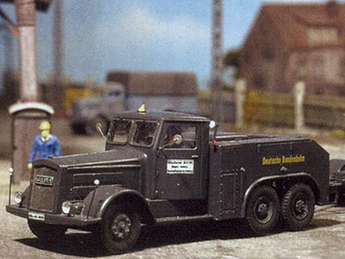 Kaelble Z6 W2AL 30 Dreiachs-Zugmaschine