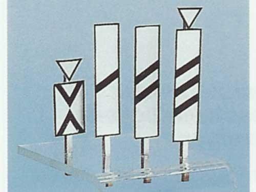 Bakensatz für Vorsignale Ne 2 und Vorsignaltafel Ne 3