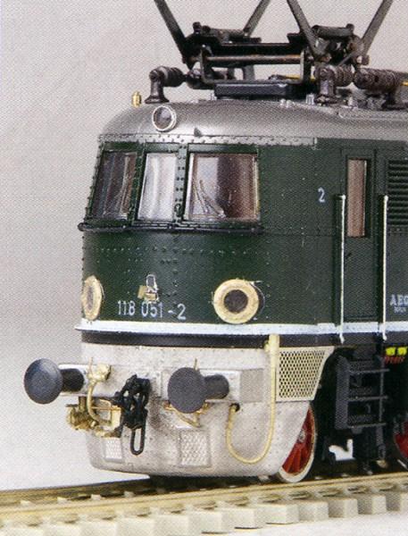 Umbausatz für DRG E18 und E19.1 mit Schürze