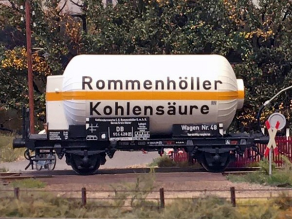 Rommenhöller Kohlensäurewagen (4 Kesselschüsse) - Umbausatz für Fleischmann UIC Kesselwagenfahrwerk