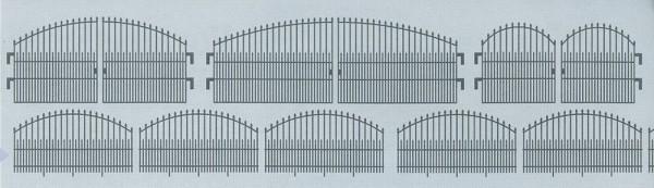 Repräsentativer Zaun mit 3 Toren