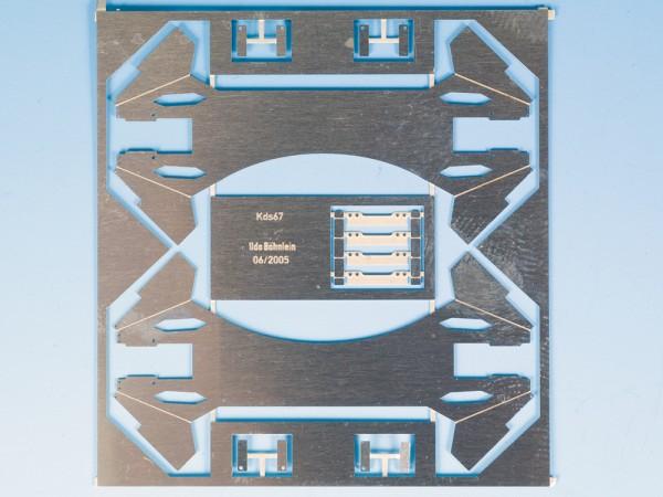 Achshalter mit Achshaltersteg für PIKO-Kds67, mit Achshalterbrücke, Ursprungsausführung mit Sicken