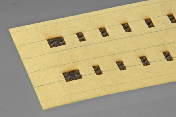 Lackierschablone für Holzschwellenrost